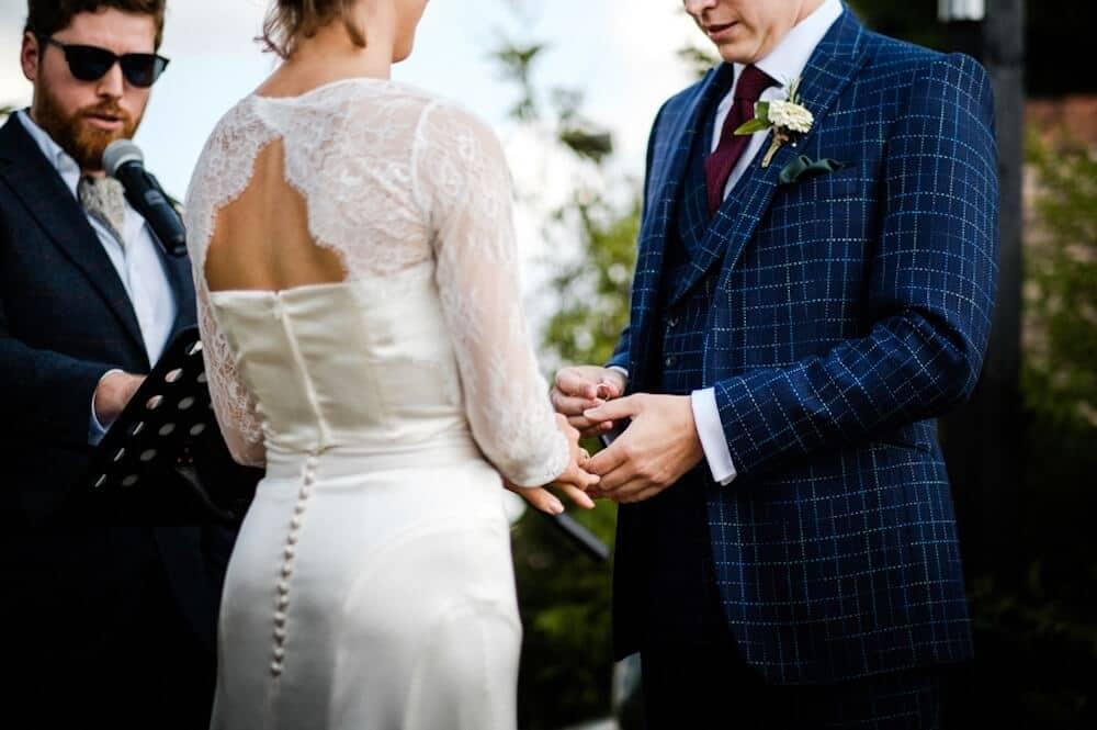 dashing tweeds, tweed, tweeds, made to measure, luxury, Savile row, sackville street, robson reiver cloth, cloth